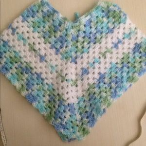 Other - 💐3 T Crocheted toddler poncho